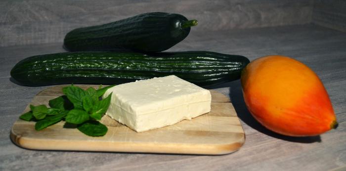 rezept gurken mango schafsk se salat recipes simply delicious. Black Bedroom Furniture Sets. Home Design Ideas