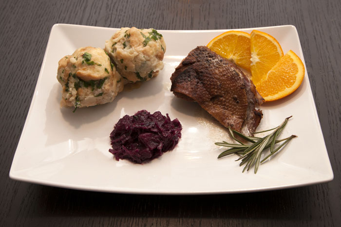 goose-breast-red-cabbage-bread-dumplings-2