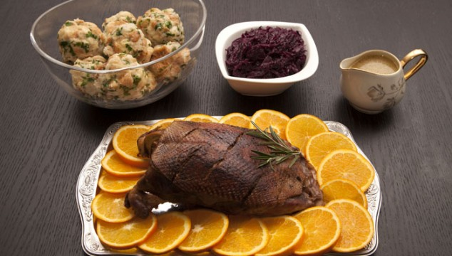 Goose Breast with Red Cabbage and Bread Dumplings