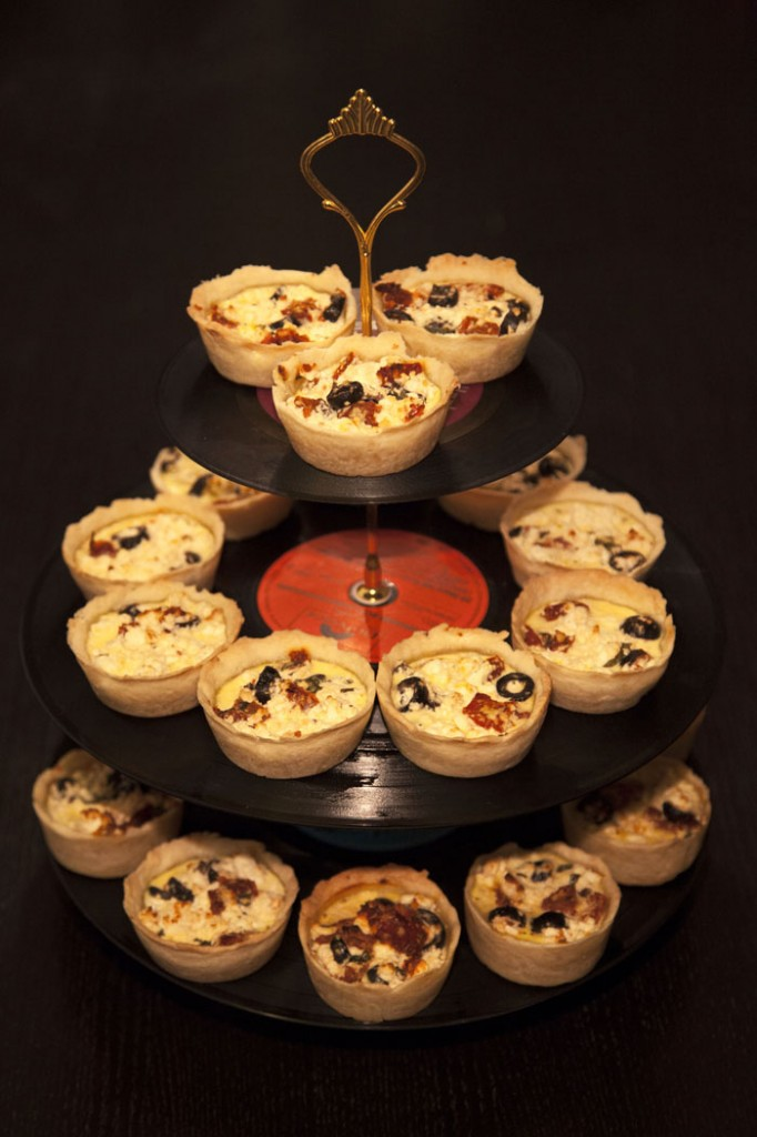 Mediterrean Mini Quiches with Sheep's Cheese, Olives and Sundried Tomatoes
