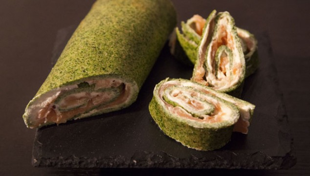 Salmon-Spinach-Cream Cheese Roll