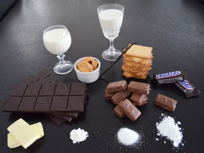 ingredients-snickers-ice-cream-cake