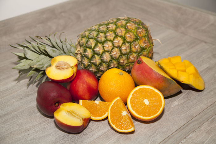 ingredients-mango-pineapple-smoothie