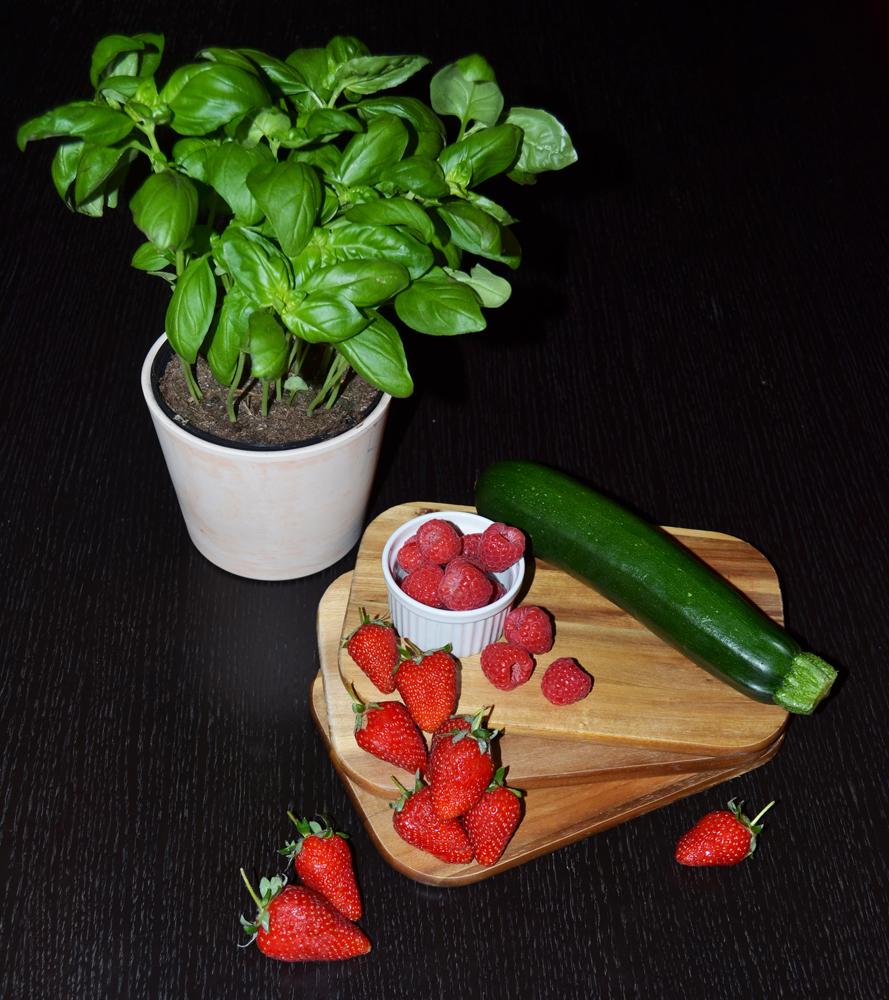 Ingredients Vegetable-Fruit Salad Recipe: Strawberries, Raspberries, Zucchini and Basil