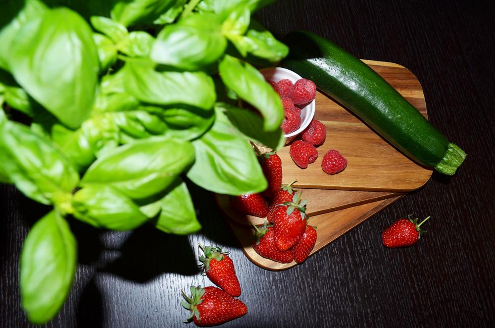 Ingredients Vegetable-Fruit Salad Recipe: Strawberries, Raspberries, Zucchini and Basil 3