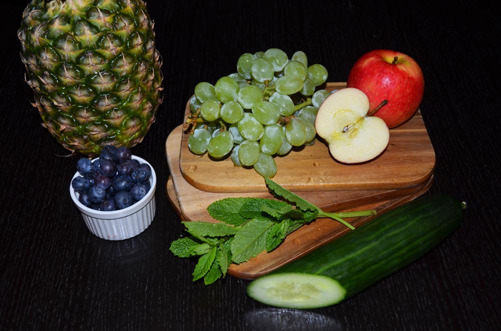 ingredients-pineapple-grapes-gherkin-salad-2