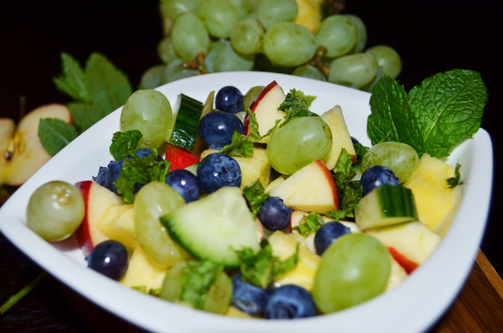 pineapple-grapes-gherkin-salad-2