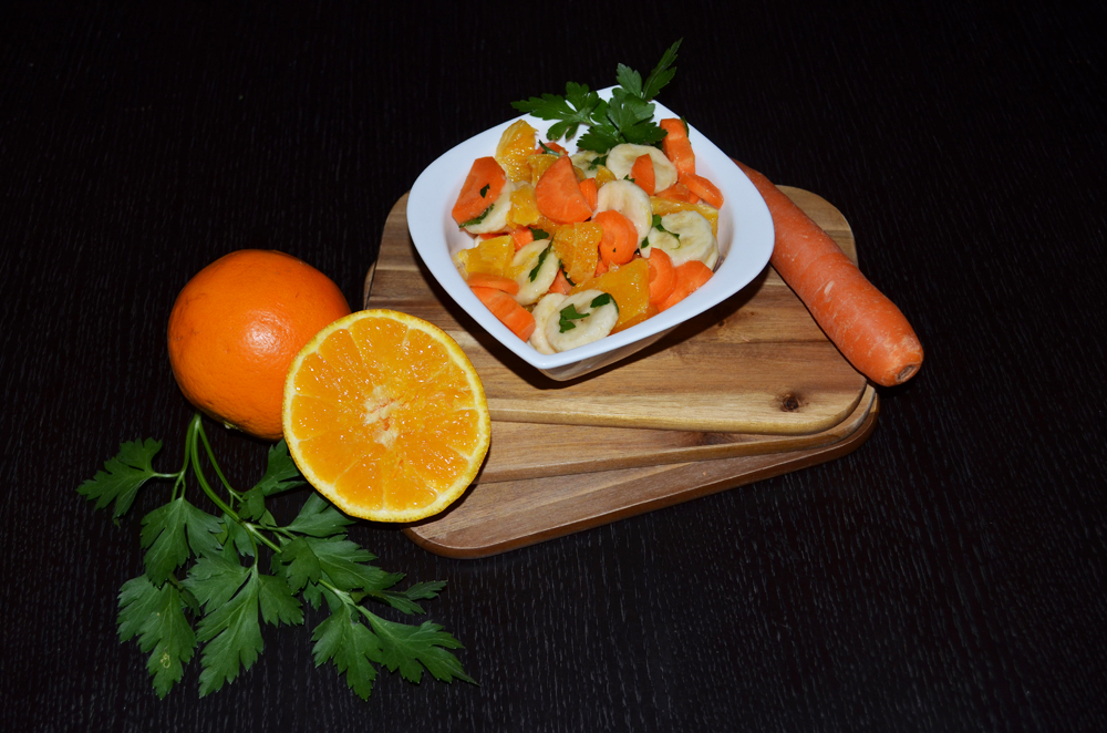 vegetable-fruit-salad-carrots-oranges-bananas-1