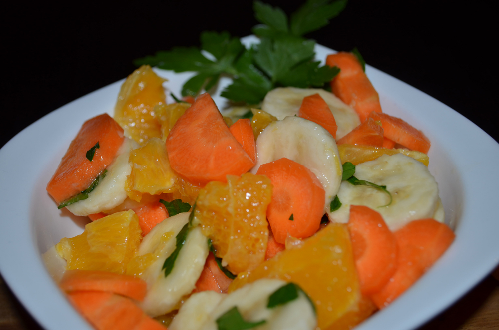 vegetable-fruit-salad-carrots-oranges-bananas-4